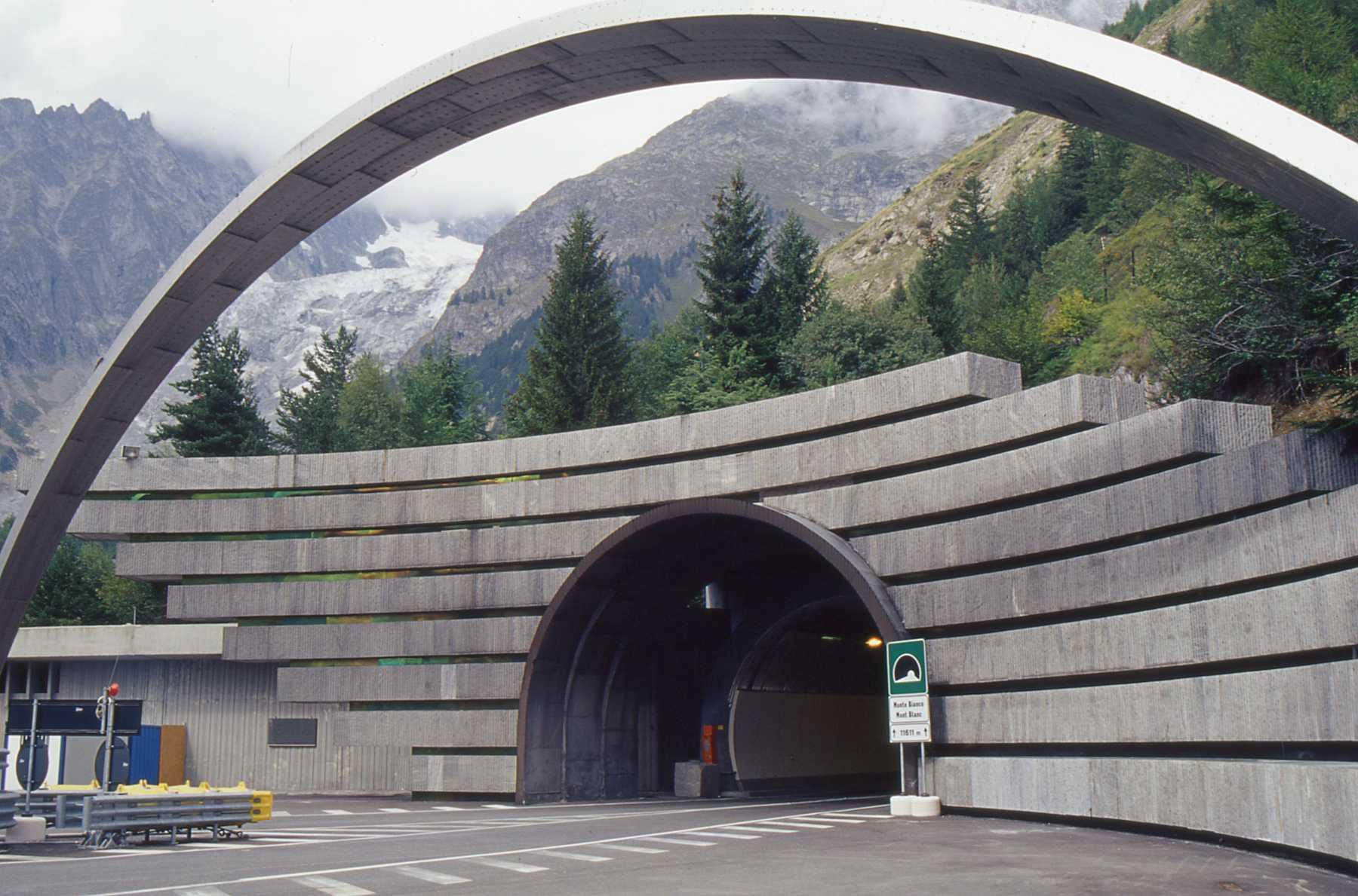 manutenzione nel Traforo del Monte Bianco