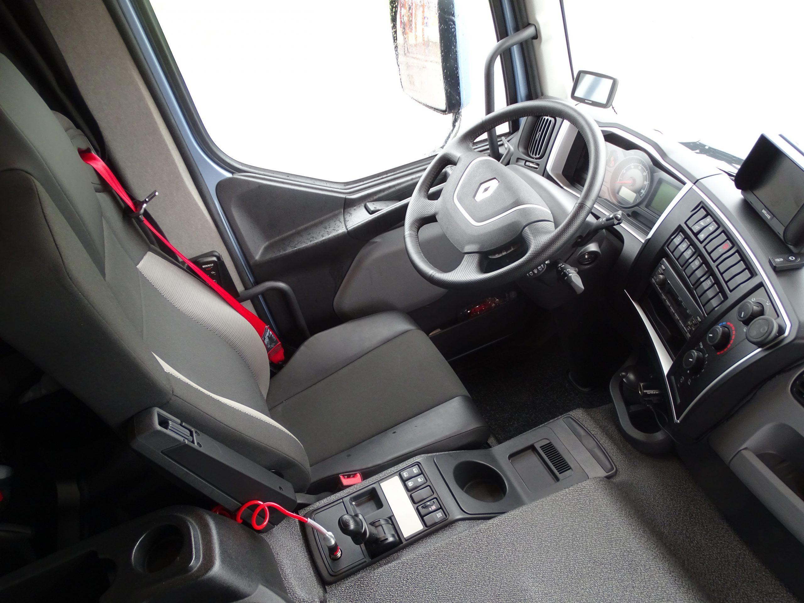 Renault Trucks D Wide