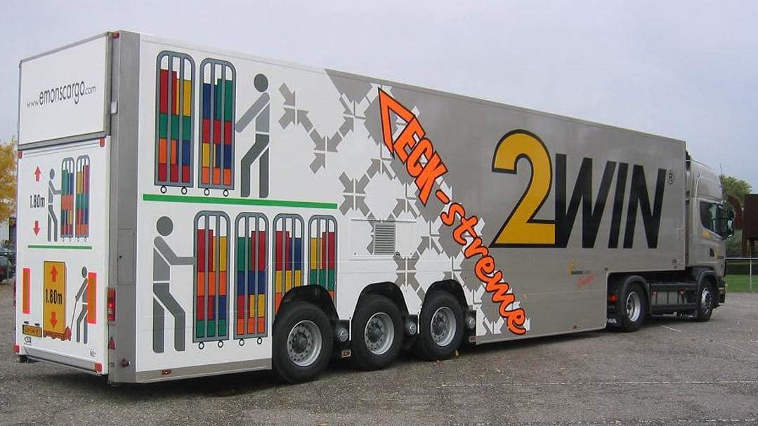 Van Eck Trailers ha una lunga esperienza nel settore dei trasporti grande volume
