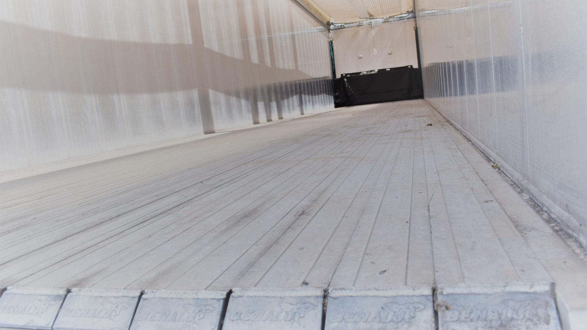La gamma di piani mobili Benalu si differenzia sotto molti punti di vista
