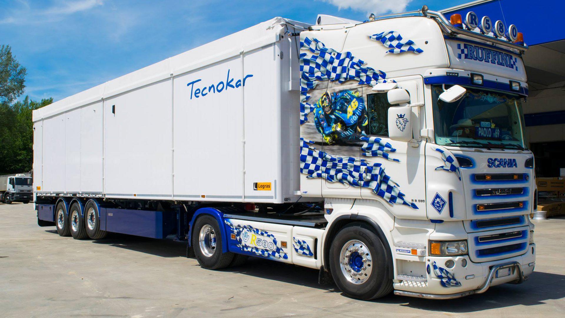 La gamma Tecnokar Legras è dotata di piani mobili di scarico